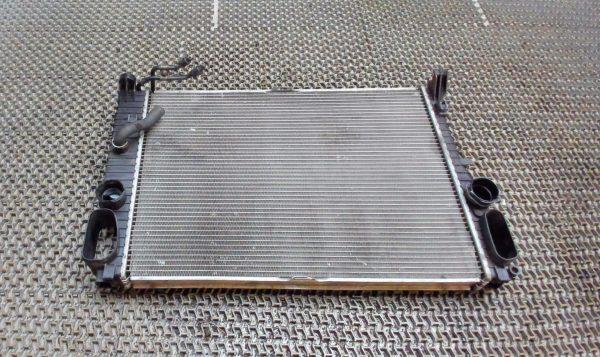 Радиатор охлаждения Mercedes W211 A2115000802, A2115003202