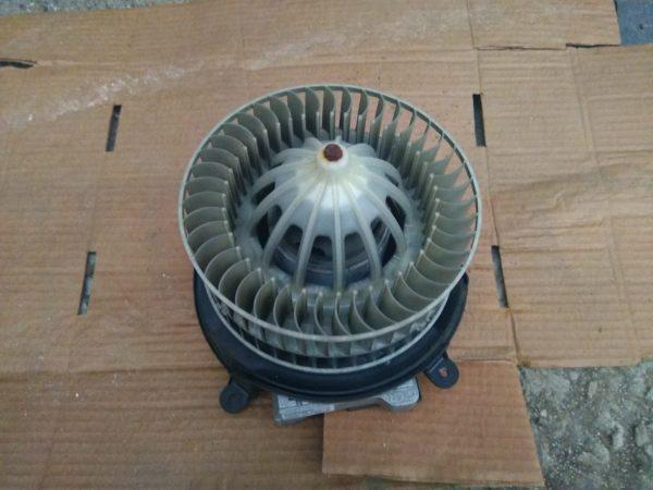 Мотор печки Mercedes W211 A2118300408, A2118300908