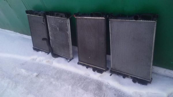 Радиатор охлаждения Mercedes A2115000102, A2115003702, A2115000202, A2115003102, A2115002302, A2115003202, A2115000802
