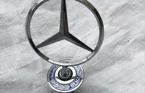 Эмблема (прицел) для Mercedes-Benz W211