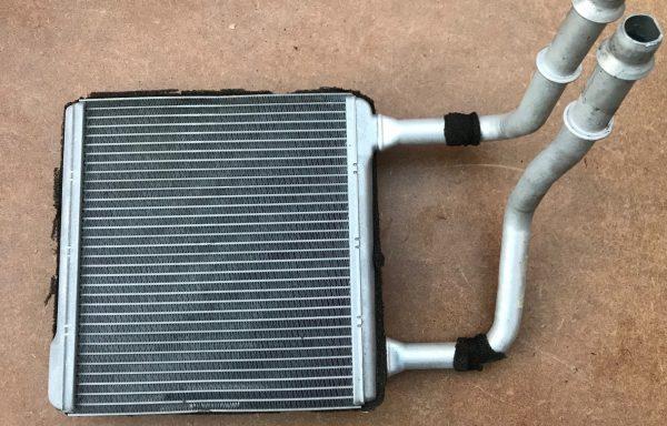 Радиатор отопителя (печки) Mercedes-Benz W211