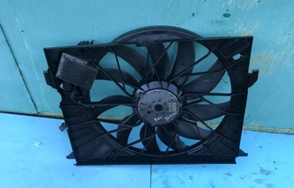 Вентилятор радиатора Mercedes-Benz E320 CDI